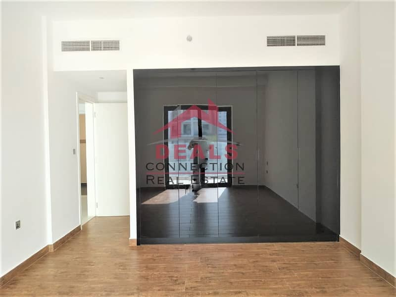 2 Pool View |  Spacious 1 Bedroom for Rent in Alcove W/ Balcony
