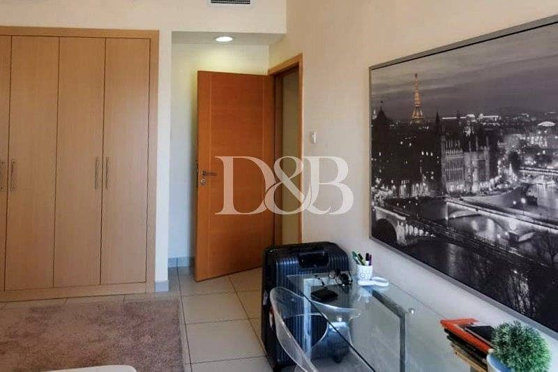 10 Stunning View | Furnished Unit | Balcony