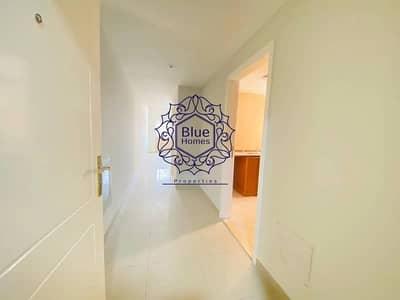 شقة 1 غرفة نوم للايجار في تجارية مويلح، الشارقة - 1bhk wardrobes master room parking free