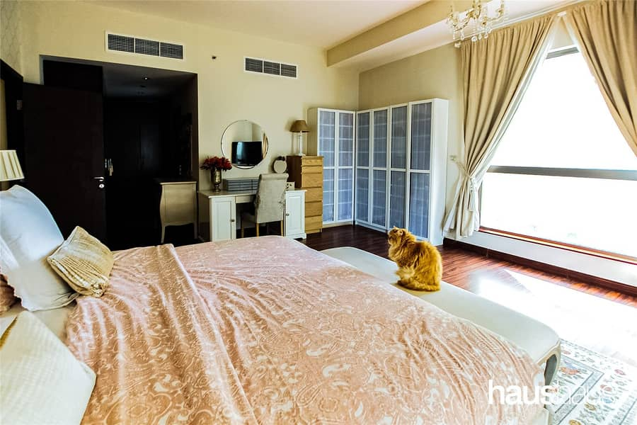 10 3 Bed + Maids | Upgraded | 2 Parkings
