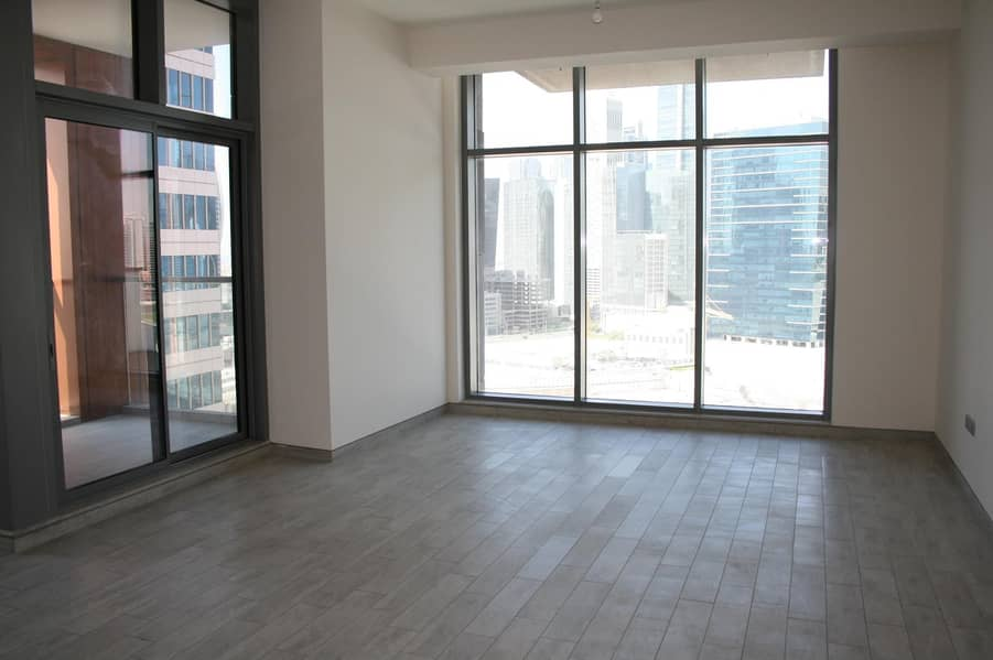 2 Canal view I High floor I 2bd plus maid apt