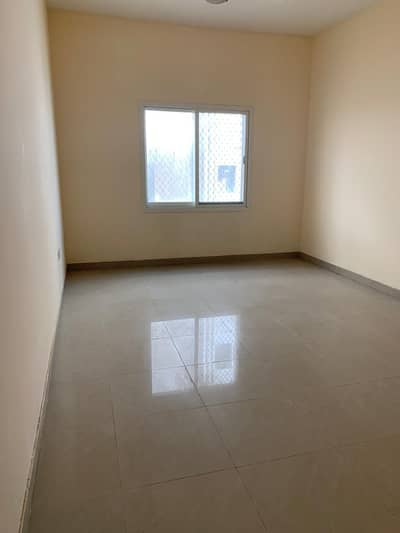 Studio for Rent in Al Jurf, Ajman - PRESTIGIOUS BRILLIANT SIZE STUDIO FOR RENT IN AL JURF NEAR TO NATIONAL SCHOOL. .
