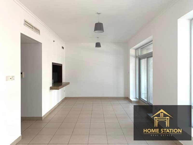 CHILLER FREE | SPACIOUS | WITH KITCHEN APPLIANCES | BALCONY