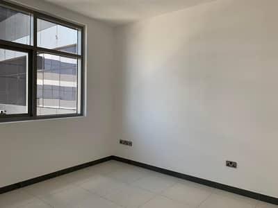 فلیٹ 1 غرفة نوم للايجار في كابيتال سنتر، أبوظبي - Brand new building with furnished option available.