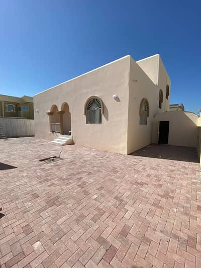 4 Bedroom Villa for Rent in Al Rawda, Ajman - HOT OFFER OF THE WEAK NEWLY MAINTAINED VILLA FOR RENT 4 BHK MAJLIS WITH BIG GARDEN AREA IN AL RAWDHA 3