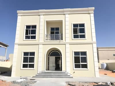 bran new very nice villa for rent at al barsha nice location 5 bed with s-b