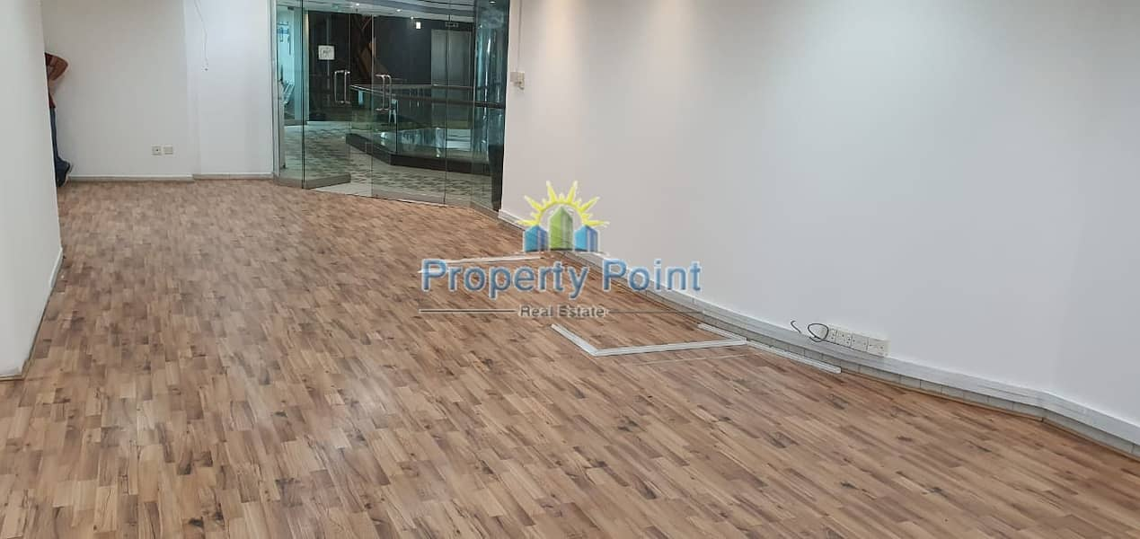 2 52 SQM Office Space for RENT | Khalidiya Area