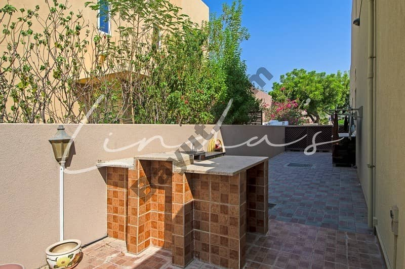 22 Upgraded |Extended| Type 9|3 bedrooms| Unfurnished