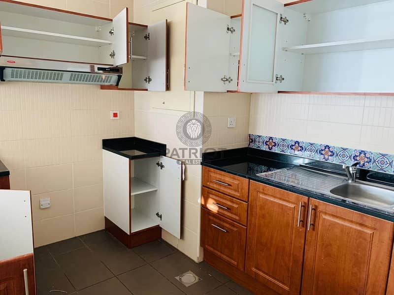 2 Well Maintain fully furnished studio in goldcrest views 1 available for rent.