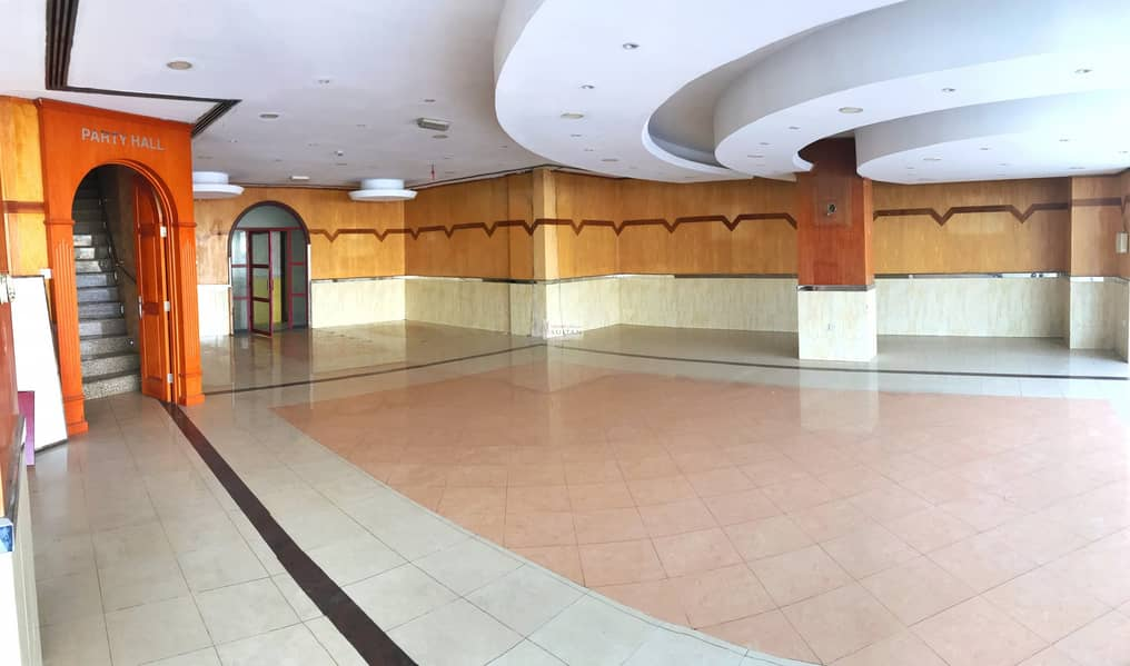 Shop For Rent In Umm Ramool