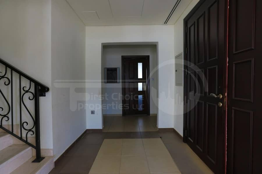 2 Good Investment! Luxurious Spacious Villa.