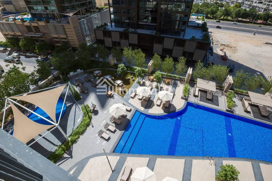 10 Brand New 1BR w/ A Spectacular View for Sale
