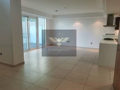 شقة 3 غرف نوم للايجار في شاطئ الراحة، أبوظبي - Luxury Spacious Unit w/ Maidsroom on Ground Floor!