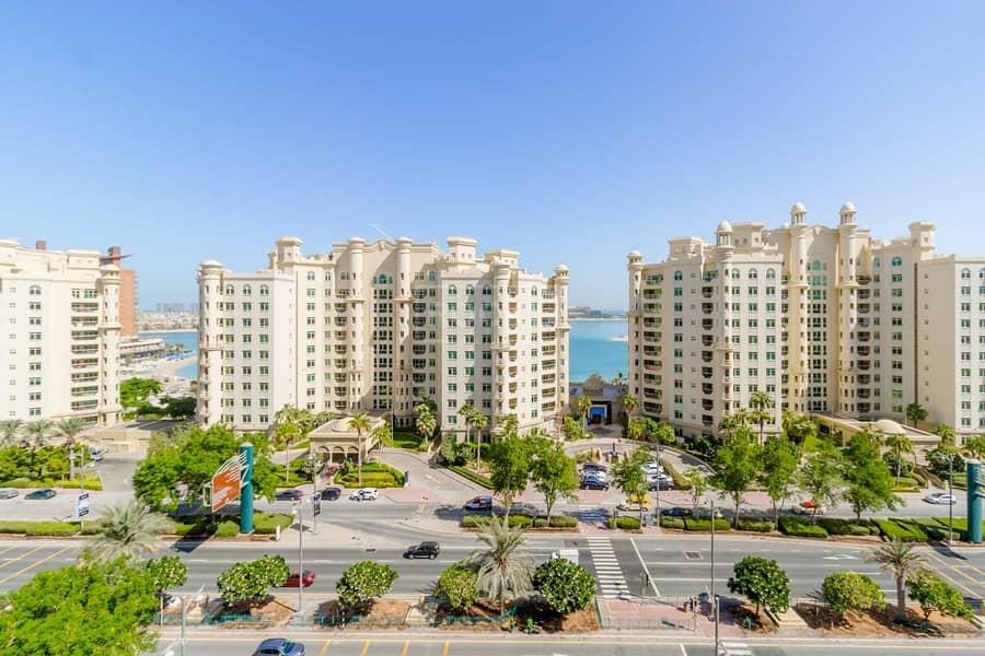 52 Large 3 Bed plus Maids | Burj Al Arab View | Palm Jumeirah
