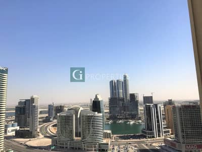 1 Bedroom Flat for Rent in Downtown Dubai, Dubai - Brand new | Creek view | Semi closed kitchen