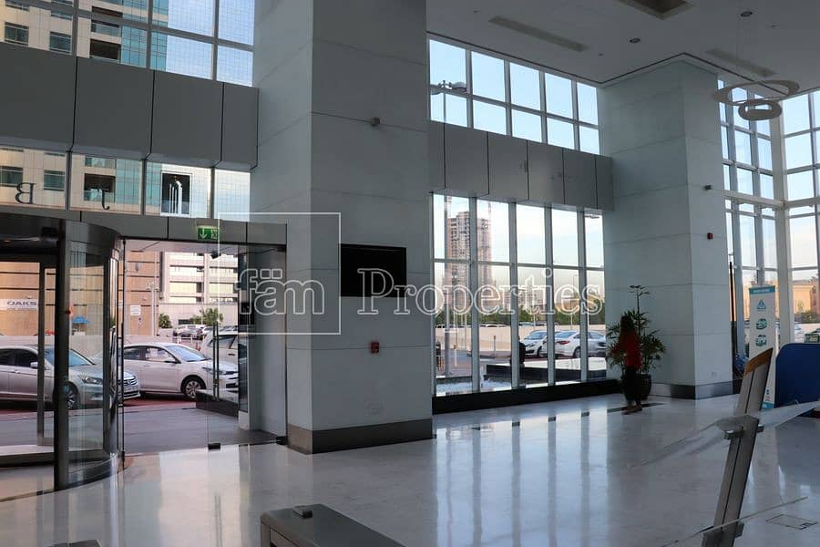 2 Lobby space | Very visible | Pick up biz
