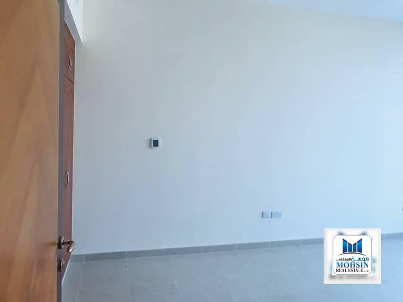 شقة في أبراج النعيمية النعيمية 3 غرف 40000 درهم - 4843822