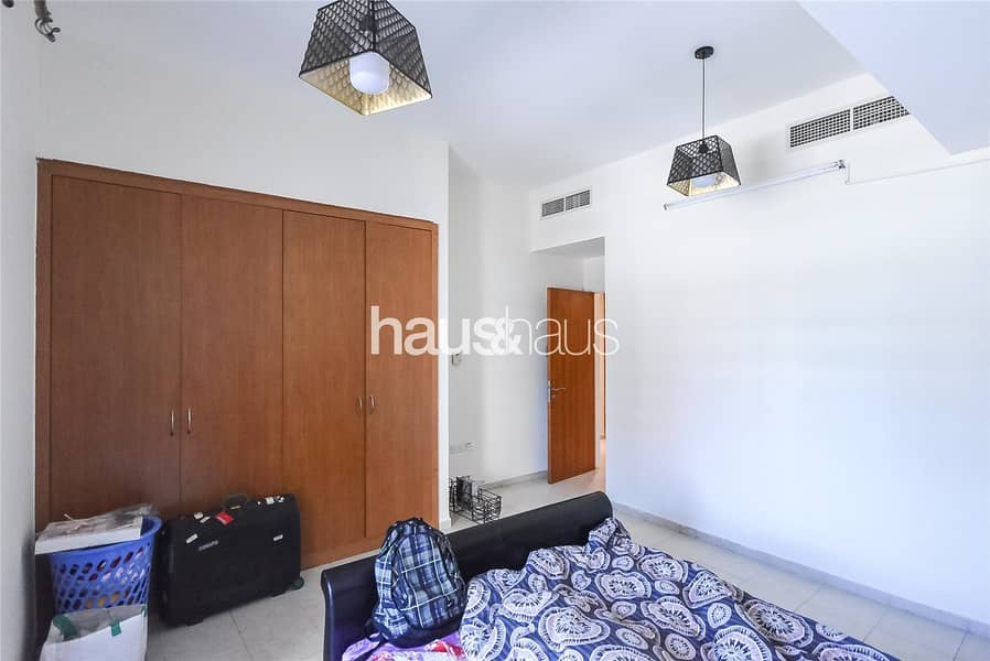 10 3 Bed Plus Maids | Chiller Free | Pool View