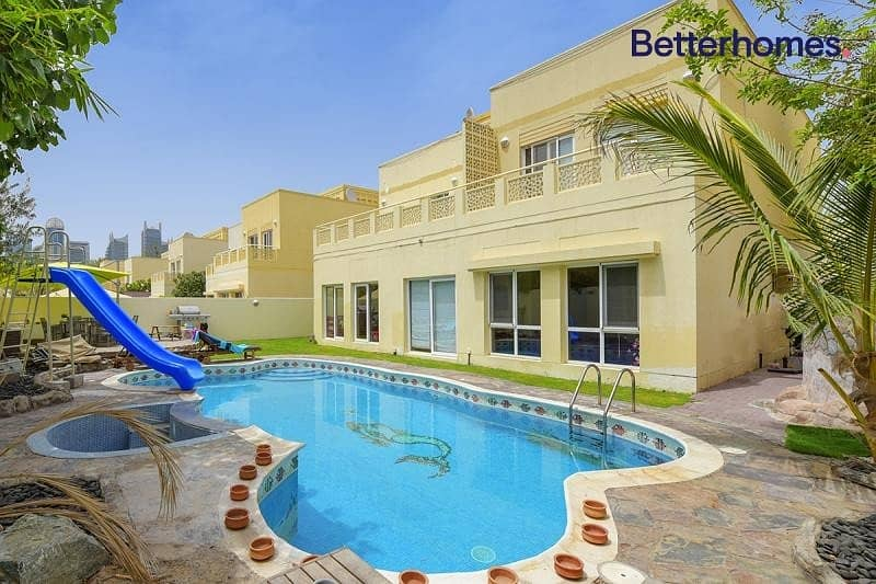 Private Pool|Unfurnished |Available end of Decmber