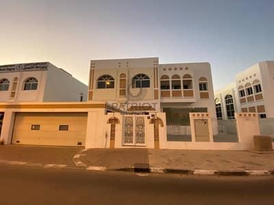 فيلا تجارية 5 غرف نوم للايجار في جميرا، دبي - Commercial  Villa   2 Month Free   No Commission