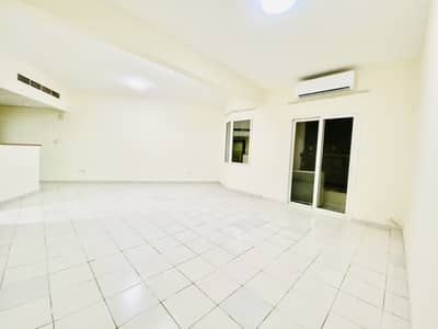 فلیٹ 1 غرفة نوم للبيع في المدينة العالمية، دبي - شقة في الحي الفرنسي المدينة العالمية 1 غرف 330000 درهم - 4844147