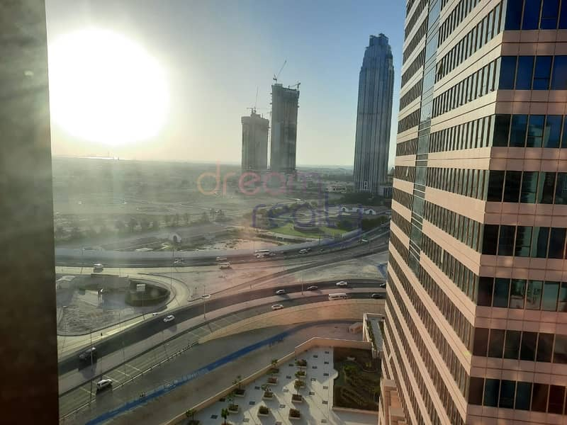 16 Specious Two Bhk| Burj Khalifa View |maid Room