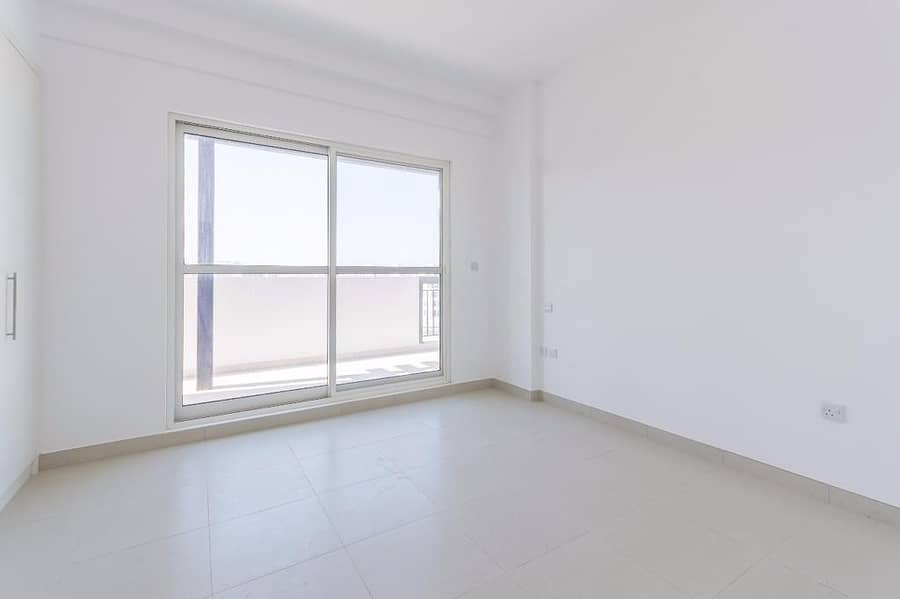 Brand New Furnished Apartment ! One BHK and Get up to Two Free Tourist Visas Free Wifi - Free Parking - Free Maintenance Book