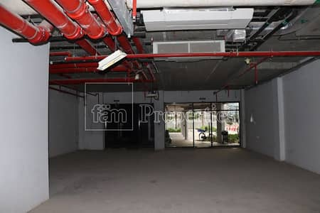 Shop for Rent in Jumeirah Lake Towers (JLT), Dubai - Lake Level | Shell n Core | Visible