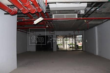 محل تجاري  للايجار في أبراج بحيرات الجميرا، دبي - Lake Level | Shell n Core | Visible