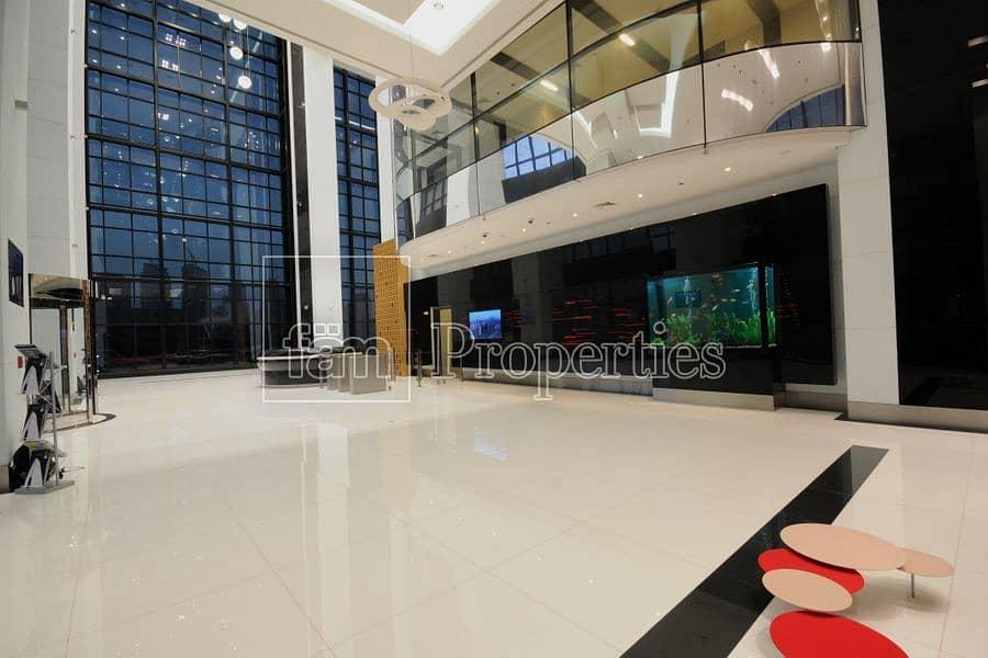 9 Lobby Space / open Views / Small Biz Setup