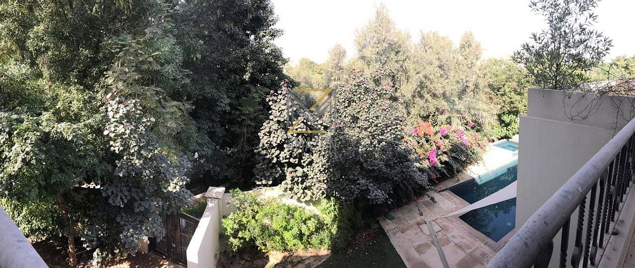 10 Beautiful Bromelia type B2| Corner Plot | Very well Maintained