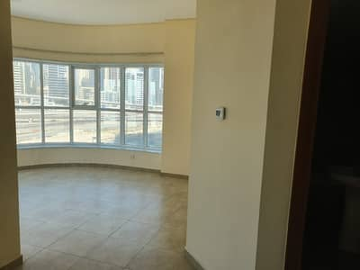 Studio for Rent in Jumeirah Lake Towers (JLT), Dubai - studio! with balcony!  for rent in 28k