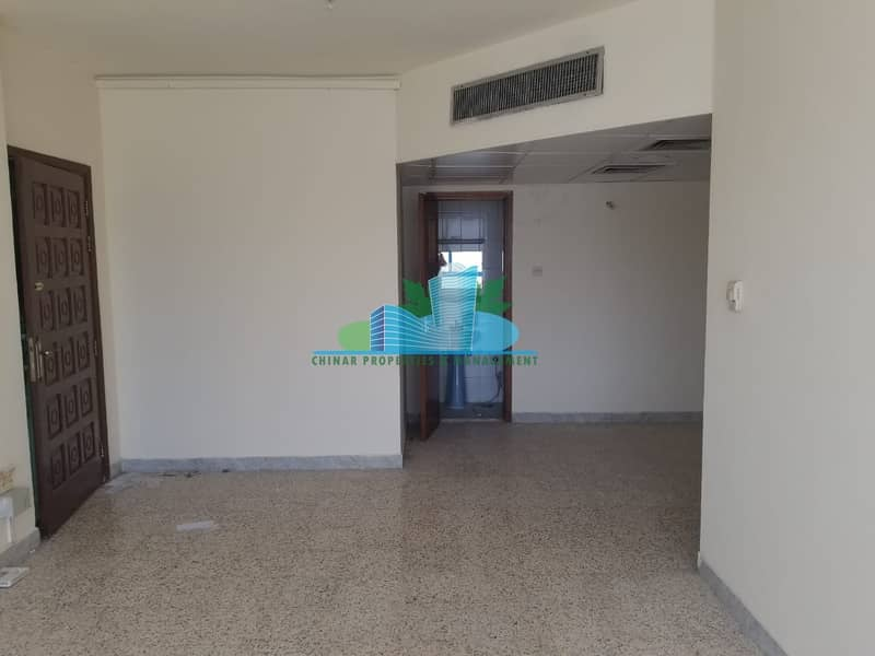 Great Location  Below market Value! 2 BHK   50k   4 payments!