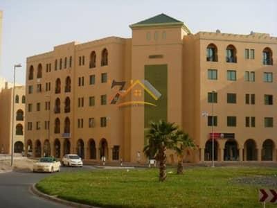 محل تجاري  للايجار في المدينة العالمية، دبي - FULLY READY TO MOVE SHOP AVAILABLE FOR RENT IN MOROCCO CLUSTER