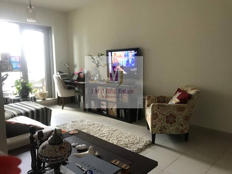 1BR / Vacant / Upgraded Apartment /Negotiable