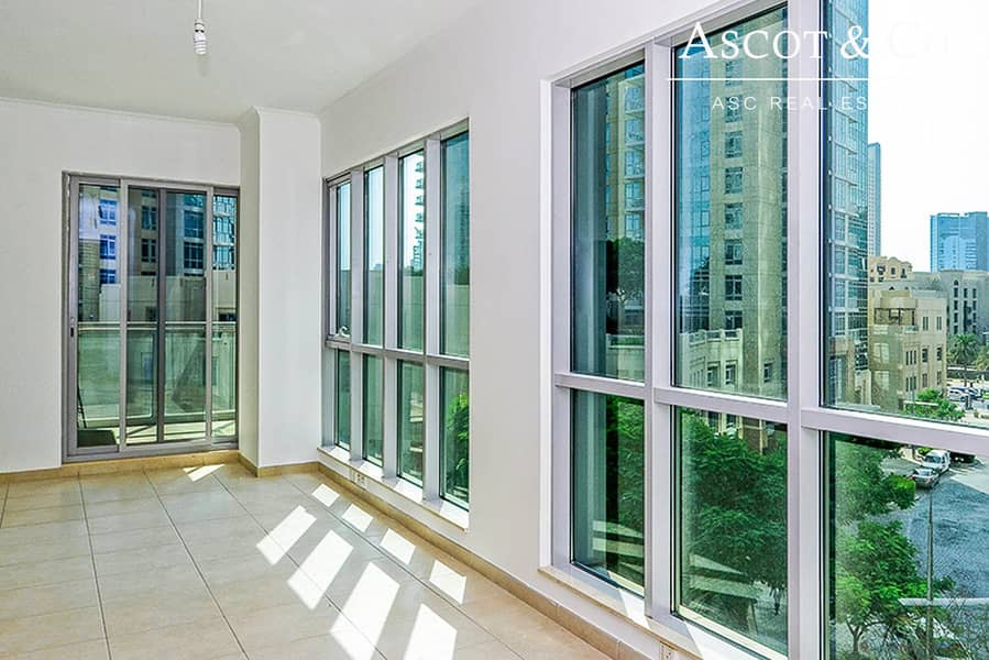 High Floor | 1 Bedroom | Well Maintained