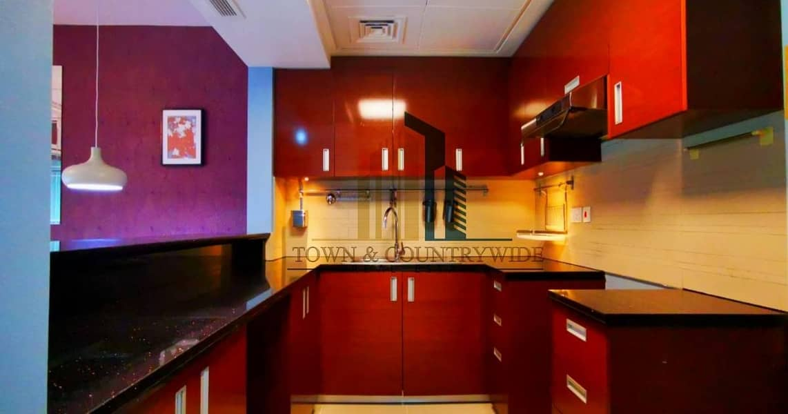 2 Colorful and elegant 1 BR apartment @The gate tower 1