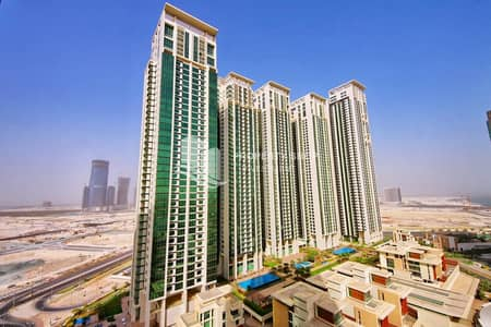 1 Bedroom Flat for Sale in Al Reem Island, Abu Dhabi - Investor's Deal!! Magnificent Partial Sea View Apt