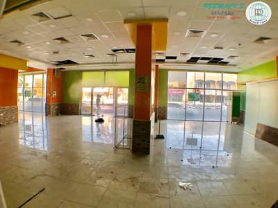 6000 sqft showroom available near megamall