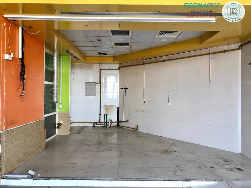 2 6000 sqft showroom available near megamall