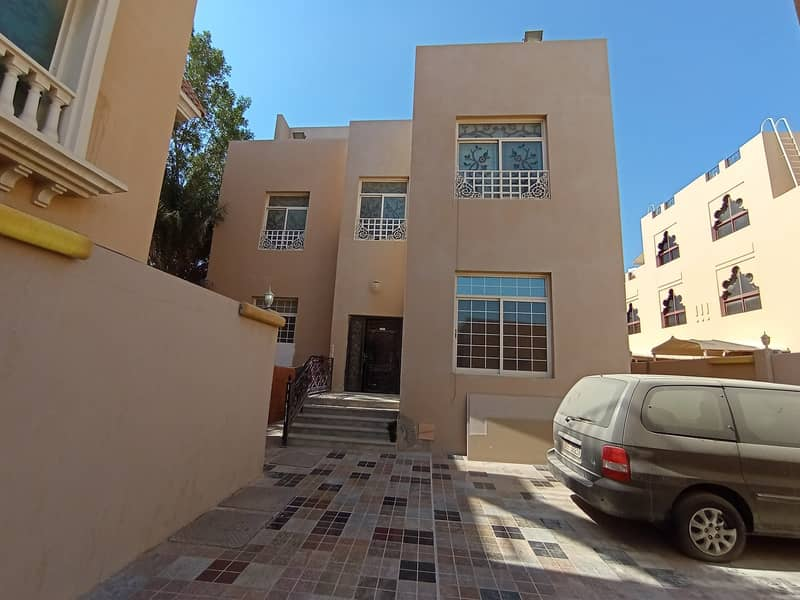 FULLY FURNISHED AWESOME FULL CHEAPER STUDIO JUST 2400 PAR MONTH GLAMOURS BIG SEP KITCHEN SEP WASHROM KCA