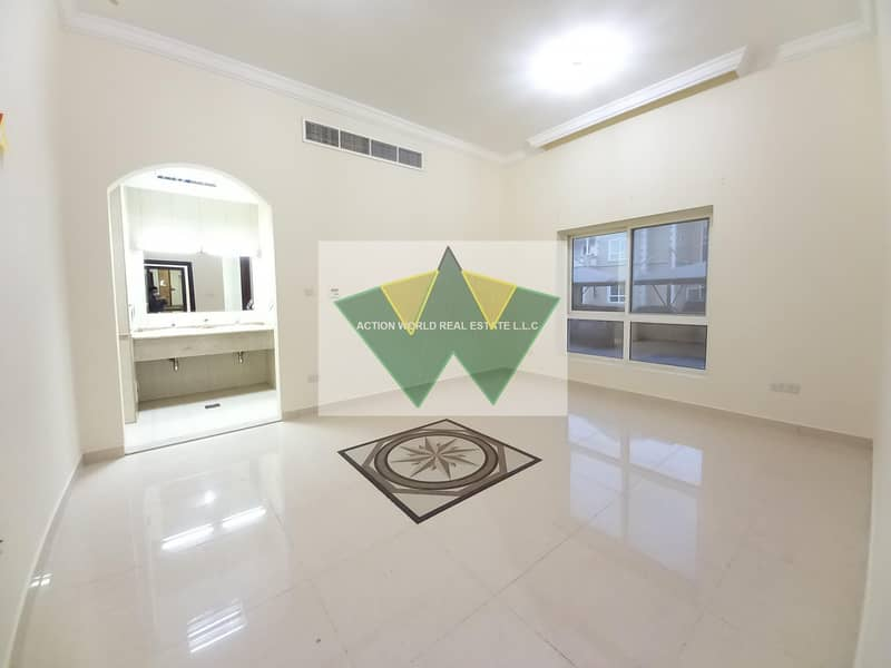 2 Extra ordinary 3 bedroom best for tawseeq requirment.