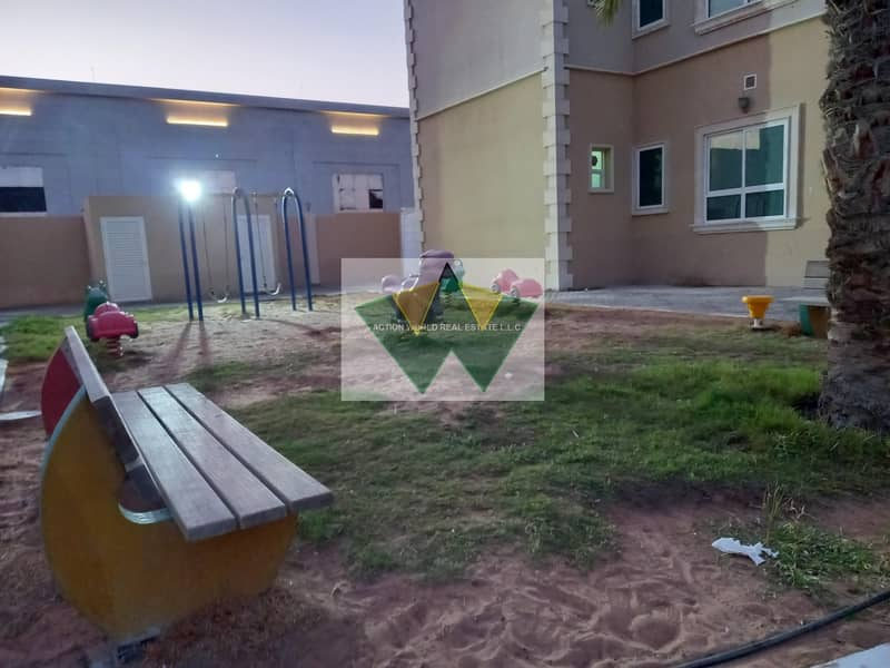24 Extra ordinary 3 bedroom best for tawseeq requirment.