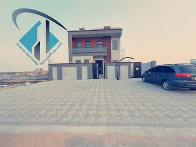 5 Bedroom Villa for Sale in Al Yasmeen, Ajman - Central air-condition villa for sale with attractive specifications, wonderful design, super duplex finishing, with the possibility of bank financing