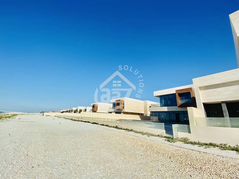 Beach Access 7 BR Villa