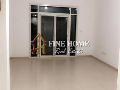 استوديو  للايجار في الغدیر، أبوظبي - Clean Studio apartment with Balcony in Sabeel