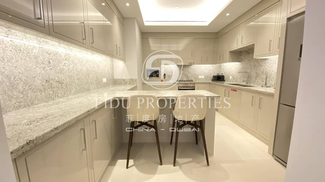 2 Sea View |Closed Kitchen |Higher Floor | Brand New