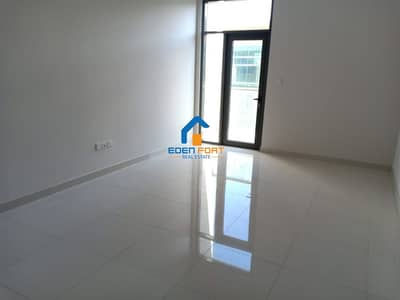 Brand New Studio Apartment in Sol star DIP - 1...