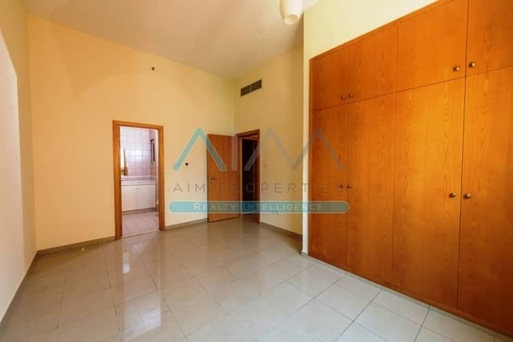 2 Parkings || Multiple Cheqs || Open/Closed Kitchen