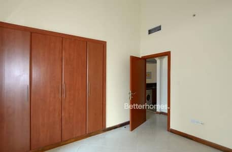 1 Bedroom Apartment for Sale in Dubai Marina, Dubai - Metro|Rented| Location|Well maintained|investment